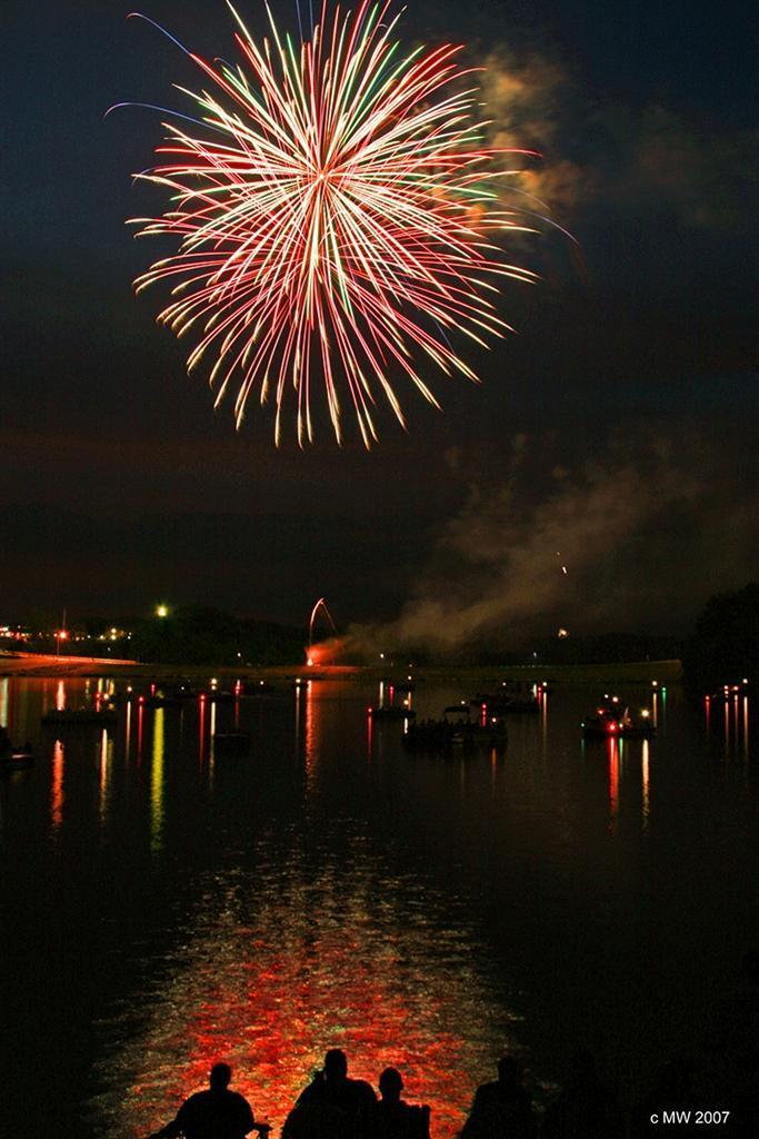 fireworks custom.jpg -